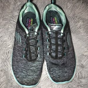 Sketchers Dual - Lite